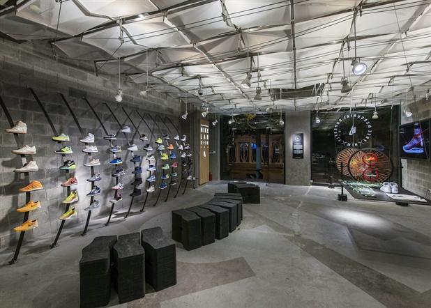 Nike呈獻NikeLab